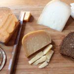Bruine boterham met kaas